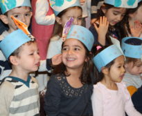 Nursery 3s Chanukah Celebration/Artist Exploration