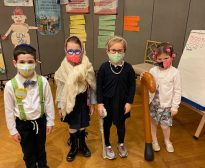 Kindergarten Celebrates 100 days of School!